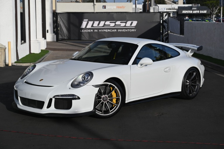 Used 2015 Porsche 911 GT3 for sale Sold at Ilusso in Costa Mesa CA